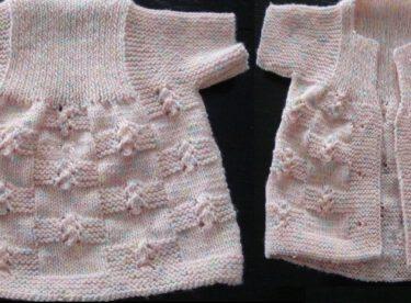 Tek Parça Kız Bebek Yeleği – Resimli Anlatım