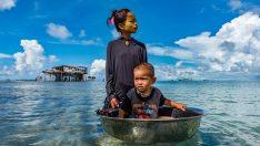 Dinleri, devletleri, toprakları, hatta yaşları bile yok suda yaşıyorlar!