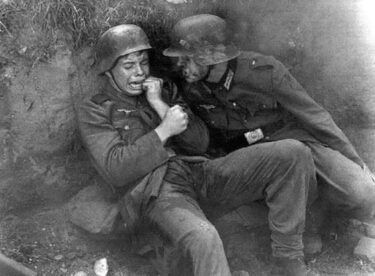 Hikayeleri İçinizi Acıtacak 18 Tarihi Fotoğraf