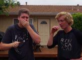 İki Kardeş Özel Bir Gözlük Yardımıyla İlk Defa Renkleri Görebildiler.