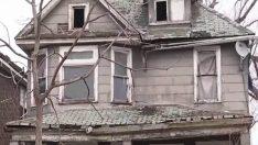 Komşular Terk edilen Evin Penceresinde Bir Çocuk Gördü – Polis Baskın Yapınca Bakın Neyle Karşılaştı