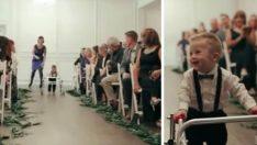 Down Sendromlu Çocuğun Yaptığından Etkilenen Nikâh Davetlileri Gözyaşlarına Hakim Olamadı