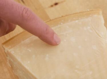 Parmesan Peyniri Seçiminde Mutlaka Bilmeniz Gerekenler
