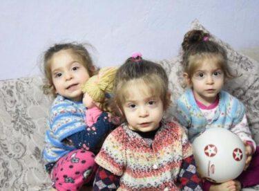 Ailenin 15 Yıl Sonra Üçüzleri Oldu 1 Yıl Sonra Hayatları Karardı
